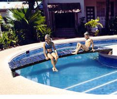 Estructuras flotantes de piscinasaccesorios para piscinas for Estructura para piscina