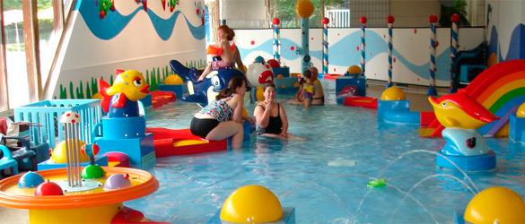 Atracciones infantiles en complejos acuáticos
