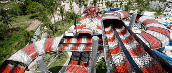 Tobogán acuático King Cobra
