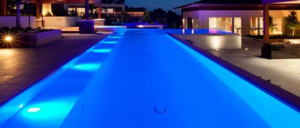 Una de las más completas gamas de focos para piscina